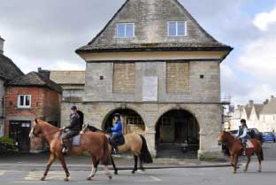Minchinhampton Market House